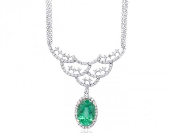 5.54-paraiba-1.96-dia-18kwg-pendant-with-necklace