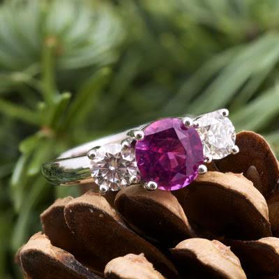 Beautiful Jewel Three Stone Pink Sapphire Ring
